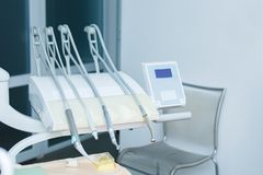 Fachowi dentystów narzędzia w stomatologicznym biurze higiena jamy ustnej Obraz Royalty Free