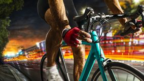 Fachowy drogowy rowerowy setkarz w akci obrazy stock