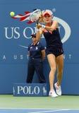 Fachowy gracz w tenisa Agnieszka Radwanska podczas pierwszy round dopasowania przy us open 2013 przeciw Silvia soler Zdjęcia Stock