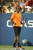 Fachowy gracz w tenisa Gael Monfils podczas drugi round dopasowania przy us open 2013 przeciw John Isner Obrazy Stock