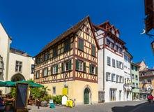 Fachwerk hus i centret av Konstanz, Tyskland Fotografering för Bildbyråer