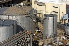 Facilidade do armazenamento do fuel-óleo fotografia de stock