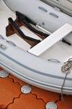 Facilidades internas de um barco leve de borracha Imagens de Stock