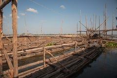 Facilidades que pescam cooperativas Fotos de Stock Royalty Free