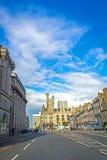 Facklig gata med härlig gammal arkitektur i Aberdeen, Skottland, UK, 13/08/2017 Fotografering för Bildbyråer
