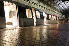 Facklig stationstunnelbanastation i Washington DC arkivfoto