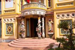 fackluc tempel vietnam arkivfoto