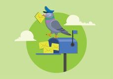Facteur de pigeon tenant le support de courrier sur la boîte aux lettres bleue, illustration plate de vecteur de nouveau message Photos stock