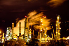 Factory at night Royalty Free Stock Photos
