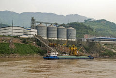 Factory on the Yangtze river bank Royalty Free Stock Photography