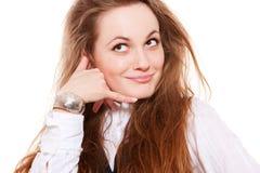 A factura da mulher do smiley chama-me gesto Foto de Stock Royalty Free