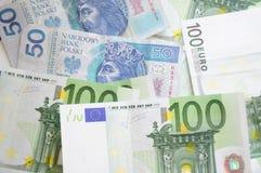 Factures d'euro et de zloty Images libres de droits