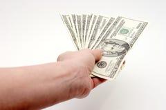 Factures de paiement avec l'argent comptant image libre de droits