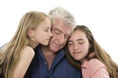 Fader med döttrar Royaltyfri Foto