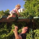 Fader och dotter Fotografering för Bildbyråer