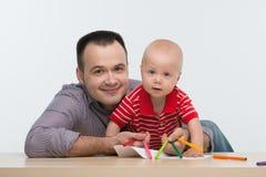 Fader- och litet barnsonteckning Arkivfoton
