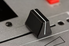Fader transversal de um misturador do DJ Foto de Stock