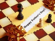 Faderdagkortet på schackbrädet - lagerföra fotoet Arkivfoto
