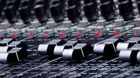 faders που αναμιγνύουν τον ήχο Στοκ Φωτογραφία
