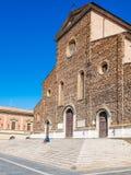 Faenza IT: Piazza Del Popolo, ?redniowieczny pa?ac, katedra Artystyczna ceramika obraz stock