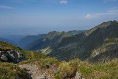 Fagaras山在一个夏日 免版税库存照片