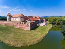 Fagaras medeltida fästning som sett från över Fotografering för Bildbyråer