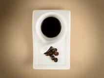 Fagioli del caffè espresso della tazza di Caffee Fotografia Stock Libera da Diritti
