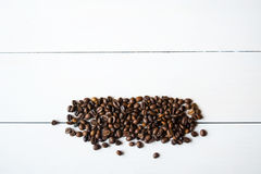 Fagioli e ani di Coffe sulla tavola Immagini Stock Libere da Diritti