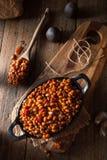 Fagioli in salsa casalinghi del barbecue Immagini Stock
