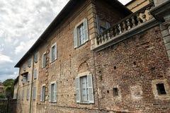 Fagnano Olona (Italien), slotten royaltyfri foto