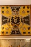 Fahne am Achilleions-Palast auf der Insel von Korfu Griechenland errichtet von der Kaiserin Elizabeth von Österreich Sissi Lizenzfreie Stockfotografie