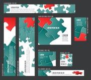 Fahnenschablonensammlung mit abstraktem Puzzlespielhintergrund Stockfoto