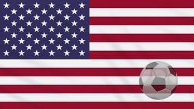 Fahnenschwenkende USA und Fußball dreht sich, Schleife stock footage