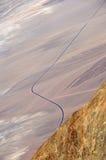Fahrbahn in Death Valley Stockbild