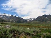 Fahren durch die Sierra ` s Lizenzfreie Stockfotos