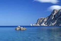 Fahren Sie auf die Insel von Karpathos, Griechenland die Küste entlang Lizenzfreie Stockbilder