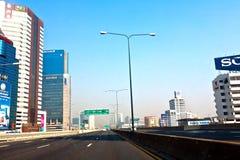 Fahren Sie durch den Vorort von Bangkok Lizenzfreie Stockfotografie