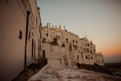 Fahren Sie Fahrt in altem historischem Lecce, Italien rad stockfotos