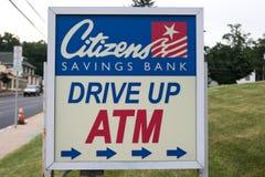 Fahren Sie herauf ATM-Zeichen Stockfoto