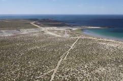 Fahren Sie nach Punta LOMA nahe Puerto Madryn, eine Stadt in Chubut-Provinz, Patagonia, Argentinien die Küste entlang Stockbild