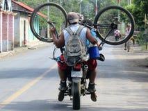 Fahren Sie Transportnicaraguaart rad lizenzfreie stockfotos