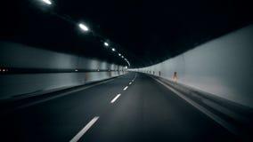 Fahren in Tunnel Fasten Drehung stock footage