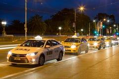 13 FAHRERHÄUSER, Taxi Melbourne, Australien Stockbild