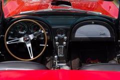 Fahrerhaus des Sportautos Chevrolet Corvette Sting Ray (C2) Lizenzfreies Stockfoto