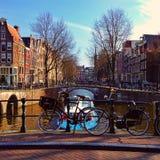 Fahrräder in Amsterdam Stockbilder