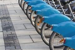 Fahrräder für Miete Stockbild