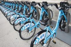 Fahrräder für Miete in Chicago Stockbild