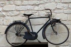 Fahrräder im alten Stil Lizenzfreie Stockbilder