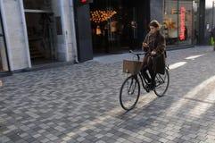 FAHRRÄDER UND BUSFAHRSTREIFEN IN DÄNEMARK Stockfotografie