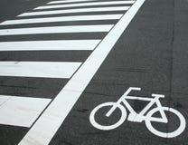 Fahrradüberfahrtzeichen Stockbild